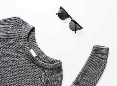 gray sweater and black framed sunglasses outfit